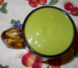 Apple Banana Peach Collard Greens Smoothie